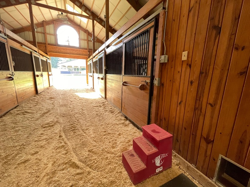 We help you ideate the barn of your dreams.